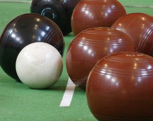 indoor-bowls